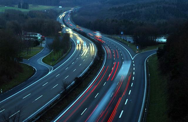 la_Autobahn_bmu